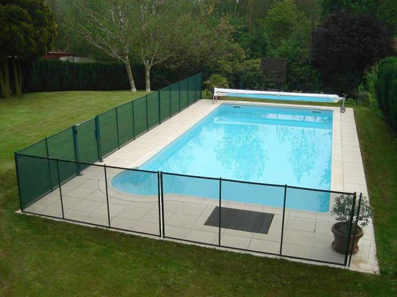 Barri re d montable en filet pvc beethoven prestige pour for Cloture de piscine