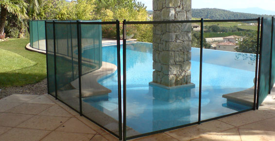Barri re de piscine en filet souple d montable beethoven classique - Barriere de securite piscine beethoven ...