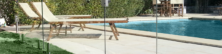 barri re de piscine invisible en verre 12mm pacific la cl ture la plus discr te. Black Bedroom Furniture Sets. Home Design Ideas