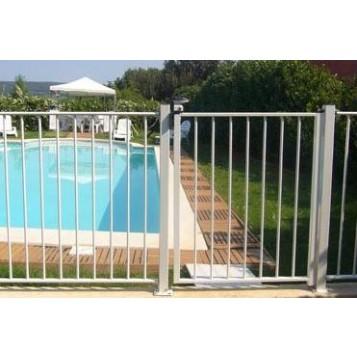 Portillon piscine barreaux scellement for Portillon piscine