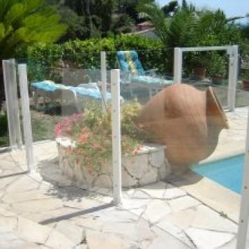 portillon piscine transparente complet. Black Bedroom Furniture Sets. Home Design Ideas