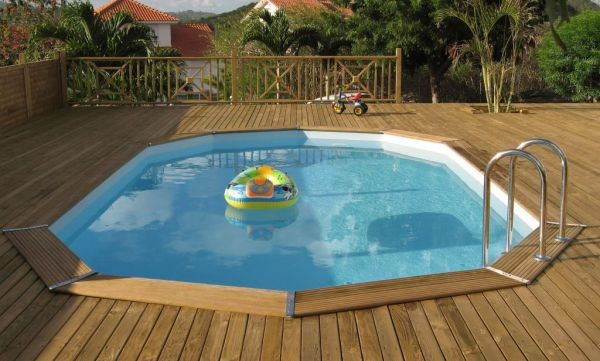 Piscine bois enterr e ma va 700 for Piscine bois semi enterree octogonale